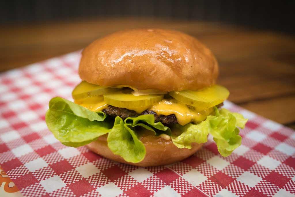 leonards house of love cheeseburger